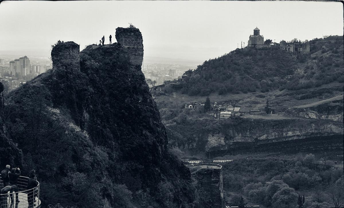 Крепость над Тбилиси